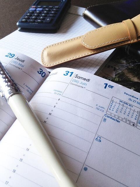 programmer horaire planning facebook